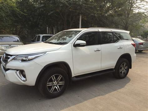 Toyota Fortuner Photo by Used Toyota Fortuner 2 8 4x2 At In New Delhi 2016 Model