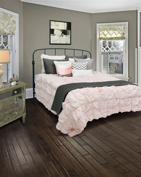 Teen Bedding Sets For Girls Bedroom With Hardwood Flooring