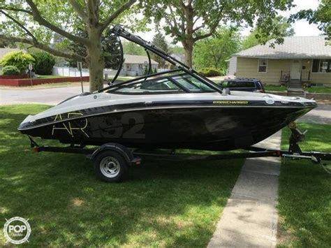 Small Yamaha Jet Boats For Sale by 25 Best Ideas About Boats For Sale On Small
