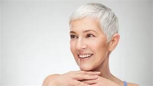 Coupe Courte Femme Cheveux Gris : peinar un cabello canoso corto ~ Melissatoandfro.com Idées de Décoration