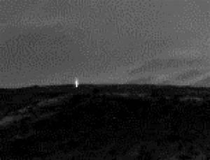 Mystery Light on Mars Photo Shows Intelligent Life, UFO ...