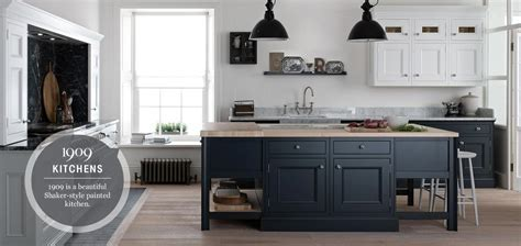 Kitchens. Fitted Kitchen Units, Contemporary, Modern