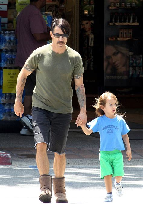 everly bear kiedis cutest celebrity kids stylebistro