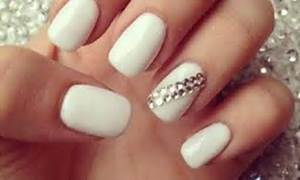 Alyce paris prom top manicures