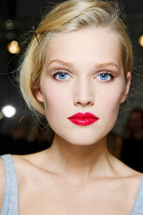 ROUGE COCO LE ROUGE HYDRATATION CONTINUE Maquillage CHANEL