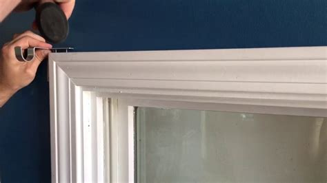 Kwik Hang Curtain Rod Brackets Fails To Get A Deal Hanging Eyelet Curtains Bay Window Blue Vertical Striped Kitchen Uk Where To Hang How Measure Length For Grommet 3 Inch Wood Curtain Rings Making Out Of Upholstery Fabric A Shower Rod