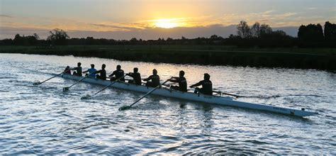 Watch The Boat Race by Where To Watch The Boat Race In Barnes Putney