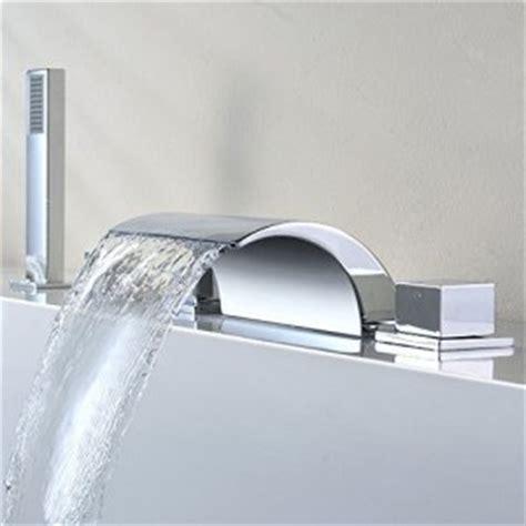 baignoire avec robinet integre mitigeur et robinet sp 233 ciaux baignoire et sdb mon robinet