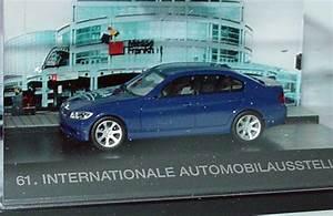 Auto 61 : 1 87 bmw 3er e90 blau iaa faszination auto 61 international automobilausstellung herpa 275484 ~ Gottalentnigeria.com Avis de Voitures