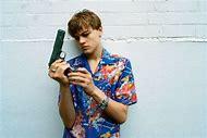 Leonardo DiCaprio Romeo and Juliet Guns