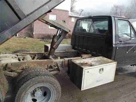 purchase   ford   dumpbed  hastings iowa