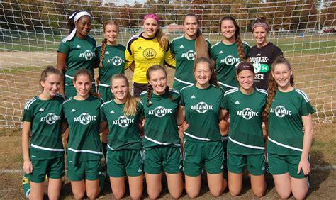 varsity girls soccer team  play  tscac championship