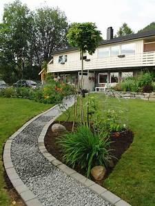 allee jardin en gravier ardoise et bois creer une allee With gravier pour allee de jardin
