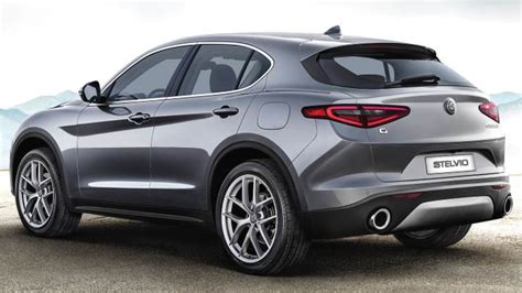 Alfa-romeo Stelvio 2017 Dimensions, Boot Space And Interior