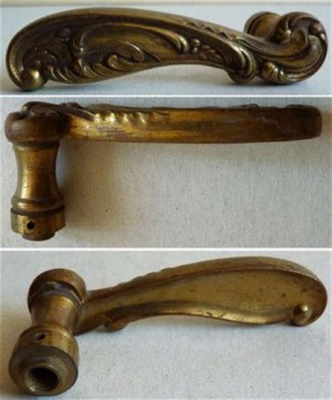 poignee de porte ancienne brico changer une poign 233 e de porte