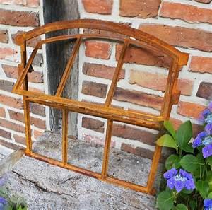 Tür Mit Fenster Zum öffnen : ein eisenfenster zum ffnen gut geeignet f r die renovierung von stallungen ~ Frokenaadalensverden.com Haus und Dekorationen