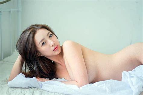 한국 모델 엄상미 비키니 몸매 공개 '가슴에서 흐르는