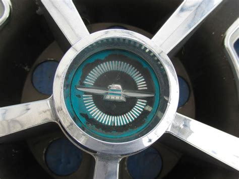 purchase set     ford thunderbird  mag gray