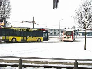 Bus Erfurt Berlin : stadtbusse am europaplatz der umsteigestelle von ~ A.2002-acura-tl-radio.info Haus und Dekorationen