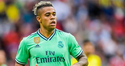 Villarreal - Real Madrid : le but polémique de Mariano Diaz