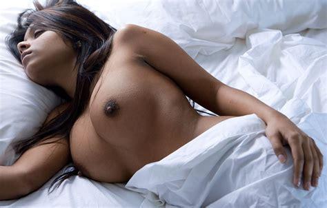 Wallpaper Ebony Nipples Big Tits Boobs Sexy Bed Nice Face Juicy Brunette Beauty Hot