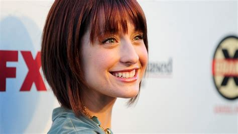 images of allison mack actress smallville actress allison mack arrested for alleged sex