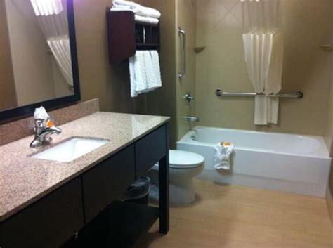 Picture Of La Quinta Inn & Suites Bellingham
