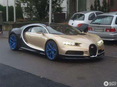 gold bugatti chiron bugatti chiron 8 november 2016 autogespot