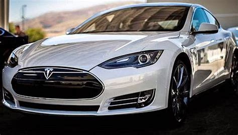 New Tesla Model R by 2015 Tesla Model R Design Review Car Drive And Feature