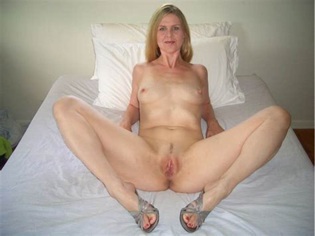 #Mature #Amateur #Spread #Pussy