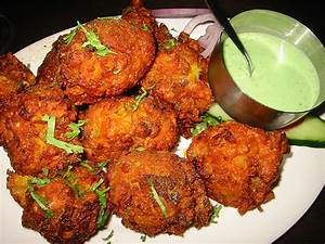 Simple and delicious Indian snack Onion Bhaji recipe
