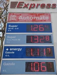 Station Essence Marseille : les prix des carburants doivent baisser plus selon les ~ Dode.kayakingforconservation.com Idées de Décoration