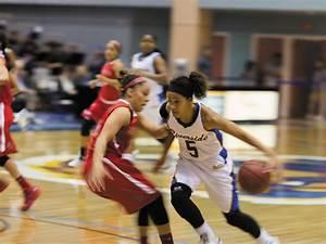 Women's basketball loses Big West shootout - Highlander