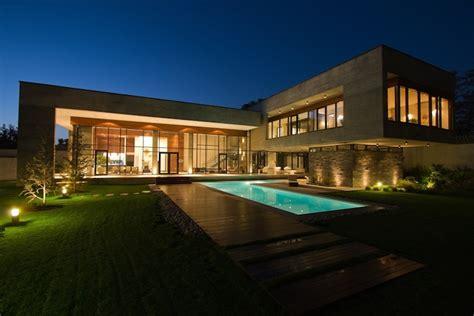 Beautiful Modern Home In Iran (8 Photos