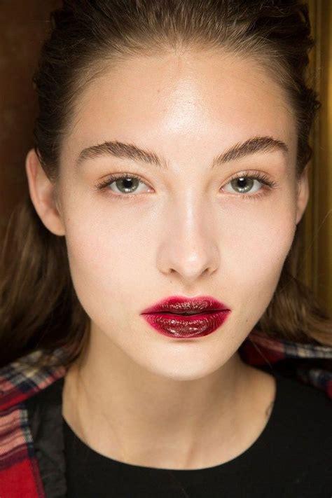 Модный макияж на осеньзима 20182019 7 тенденций и много блеска