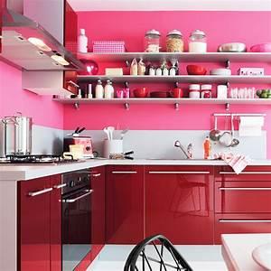 deco cuisine a accrocher au mur With idee deco cuisine avec objet decoratif a suspendre