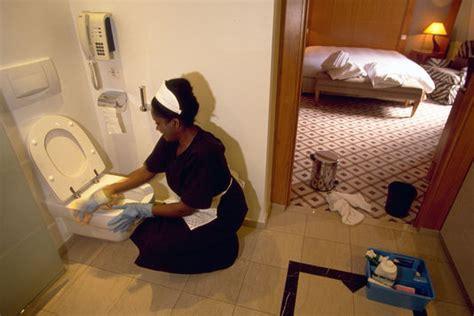emploi femme de chambre hotel une charte pour améliorer les conditions de travail des