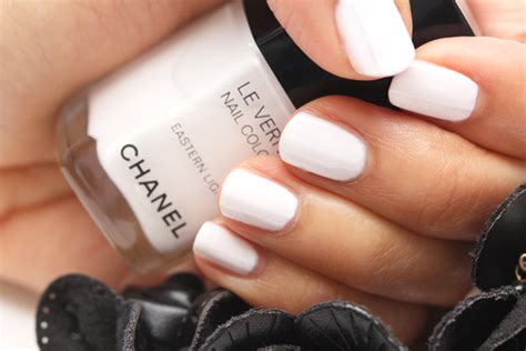 chanel eastern light nail polish chanel eastern light le vernis nail colour review no need