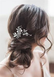 Bridal Hairstyle Wedding Looks Perfect For A Beach