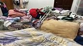 高嘉瑜租屋處曝光!衣物堆滿床 枕頭泛黃