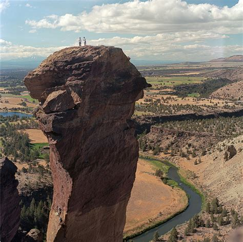 smith rock state park on