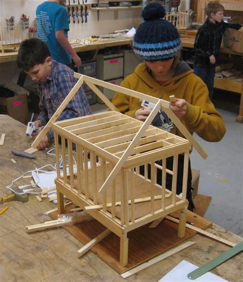 advanced woodworking  kids class full  folk