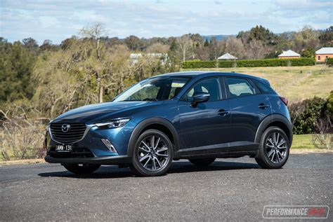 2017 Mazda Cx-3 Stouring Awd Review (video)