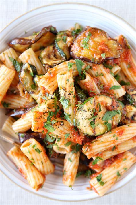 vegetarian meals 27 hearty vegetarian meals fall vegetarian recipe ideas delish com