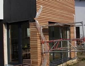 Fassade Mit Lärchenholz Verkleiden : fasadenverkleidung haus mit l rchenholz holz verkleidung ~ Lizthompson.info Haus und Dekorationen