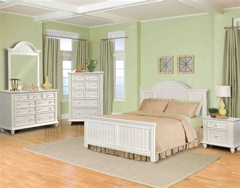 Bedroom Furniture Reviews by White Wooden Bedroom Furniture Bedroom Furniture Reviews
