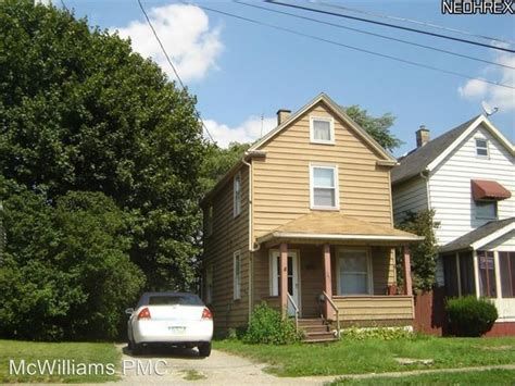 For Rent Youngstown Ohio by 2615 Taft Ave Youngstown Oh 44502 Rentals Youngstown