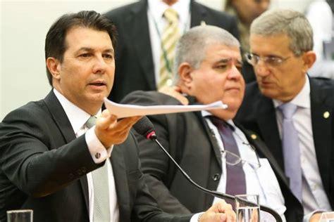 Comissão Da Reforma Da Previdência Aprova Relatório Final