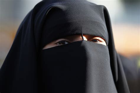 Anniversary Of France Niqab Ban Passes Almost Unnoticed