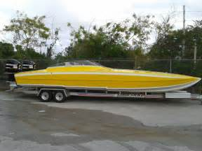 Offshore Charter Boats For Sale by Enjoy The Thrill Of A 32 Skater Cat Offshore Race Boat